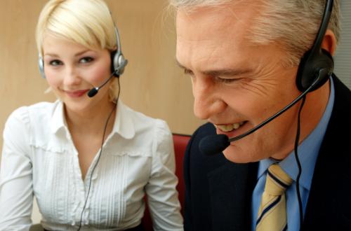 ¿CUÁLES SON LOS SERVICIOS QUE OFRECEN LAS CENTRALES TELEFÓNICAS