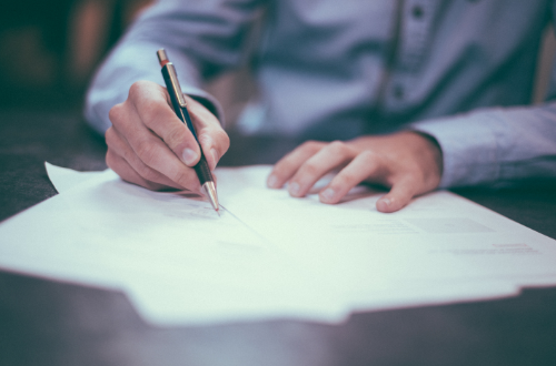 Contratos de servicio de mantenimiento preventivo y correctivo